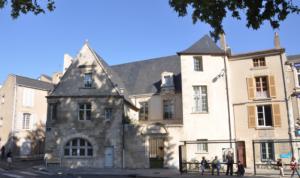 Le campus de Poitiers sous le soleil.  Photo : Sciences Po.