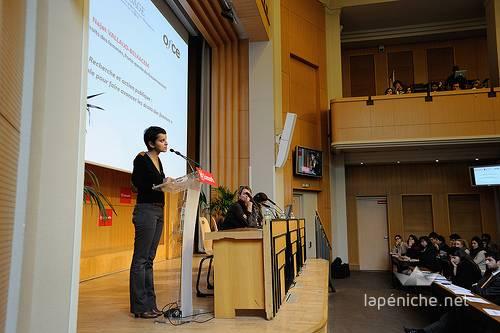 Présence de Najat Vallaud Belkacem à Sciences Po à l'occasion d'une conférence sur la parité en 2012