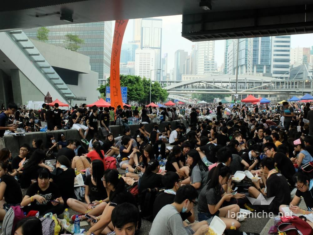 Etudiants et hongkongais occupant Harcourt Road, Mardi 31 Septembre 2014