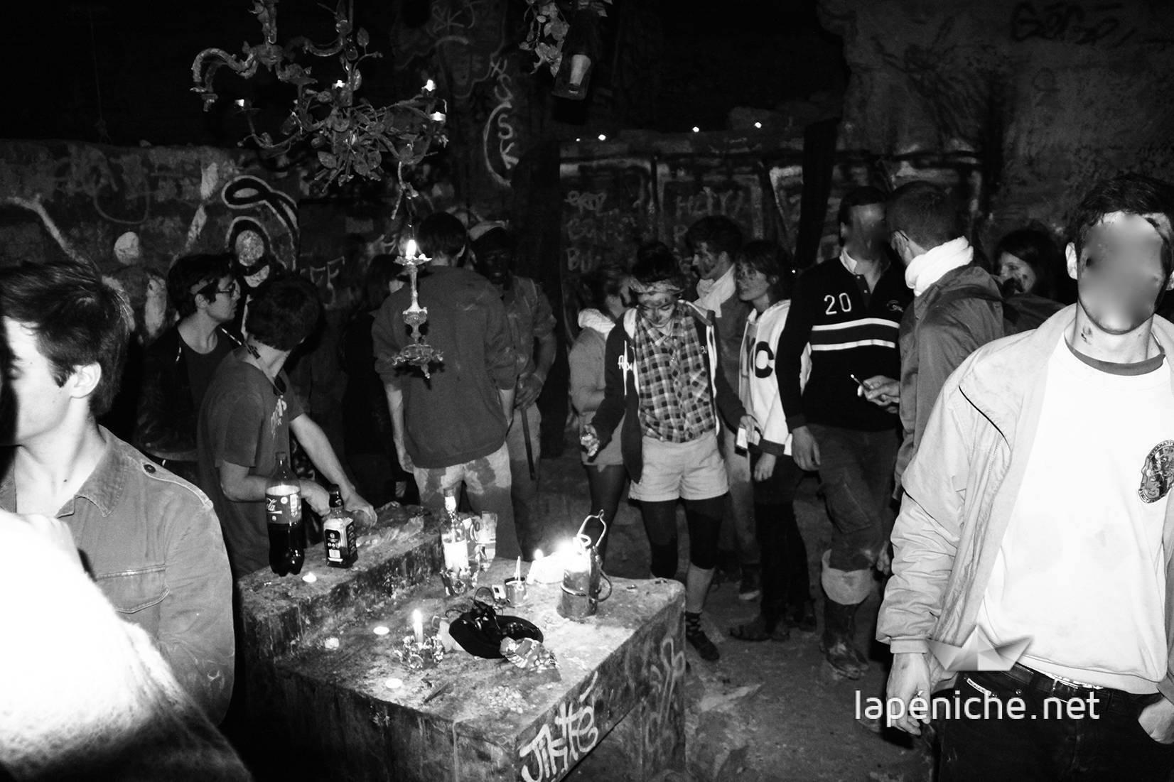 Rencontre inattendue avec des jeunes cataphiles des Mines. Photographie : Amal Ibraymi.