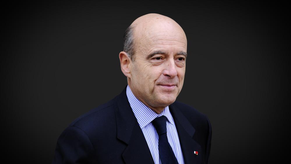 Alain Juppé, le 17 novembre 2010. (LIONEL BONAVENTURE/AFP)