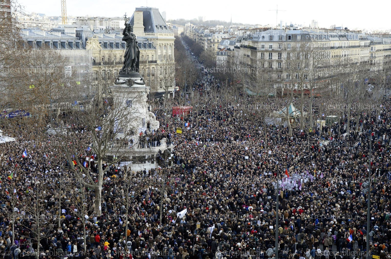 la-place-de-la-republique-point-de-depart-de-la-marche-republicaine-a-paris-photo-afp-bertrand-guay
