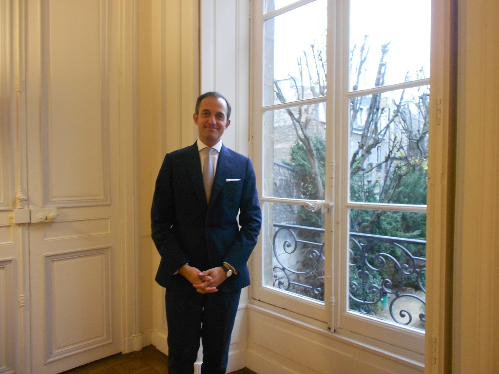 """Frédéric Mion nous a reçu dans son bureau pendant les vacances pour évoquer la campagne """"Meet the Dean""""."""