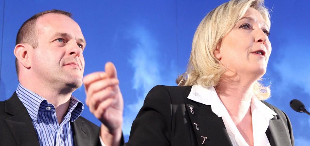 Steeve Briois aux côtés de Marine Le Pen